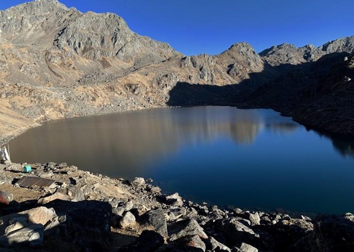 Langtang & Gosaikund Lake budget trekking