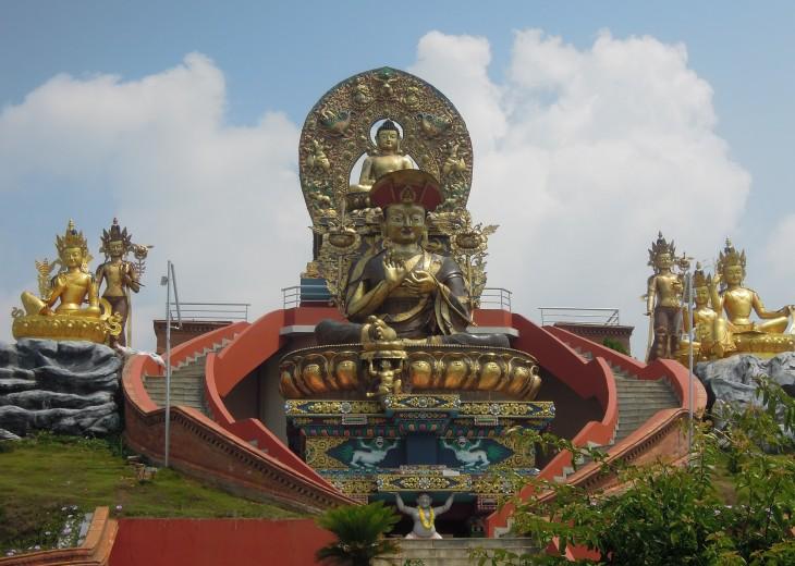 Kathmandu, Pokhara and Chitwan Tour budget trekking